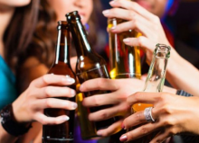 La rebeldía en la adolescencia - jugando con el alcohol