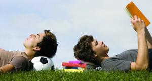 Guía para padres: cómo enfocar los estudios y el deporte en el final de curso