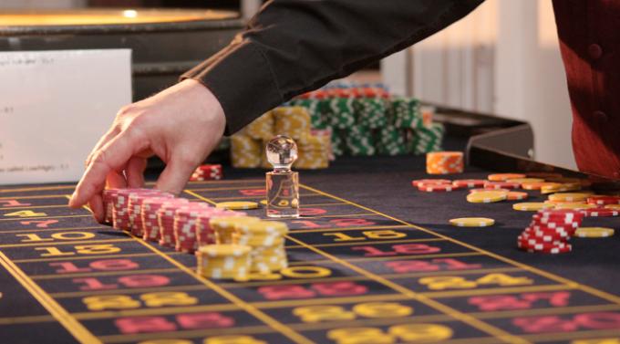 4 sesgos cognitivos que fomentan la adicción al juego